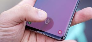 Samsung updates Galaxy S10, Note 10 to fix fingerprint sensor security flaw